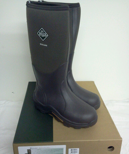 Muck boots without chaps